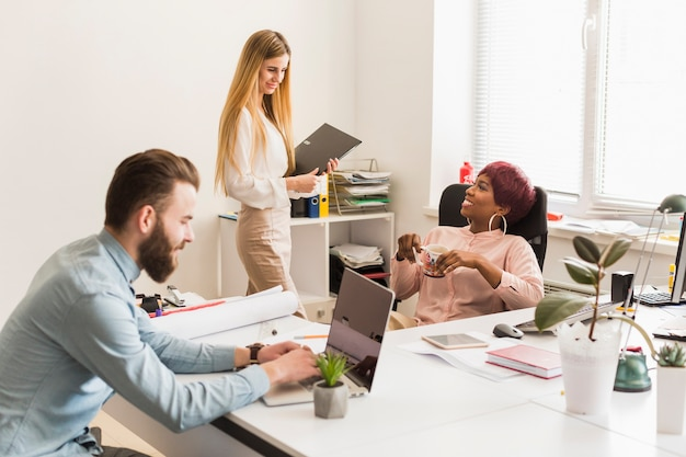 Multiracial people in office
