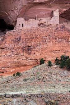 Руины пещеры мумий каньон дель муэрто