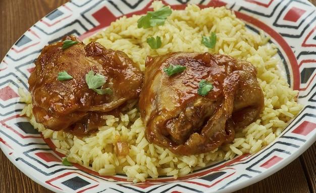 Murgh musallam-ムグライスタイルチキン、北西インド料理のレシピ