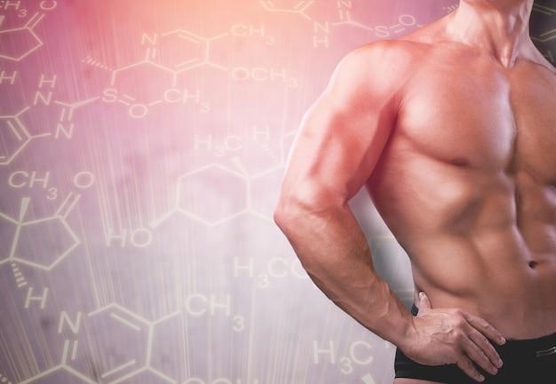 Мускулистое мужское тело и формула гормона тестостерона.