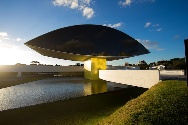 Музей в куритибе, штат парана, бразилия