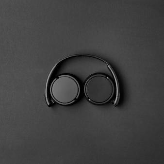 Music arrangement with black headphones