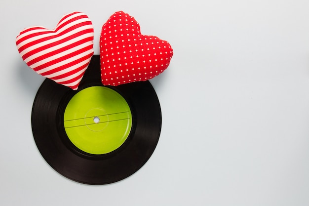 Music lover - vinyl with red love hearts