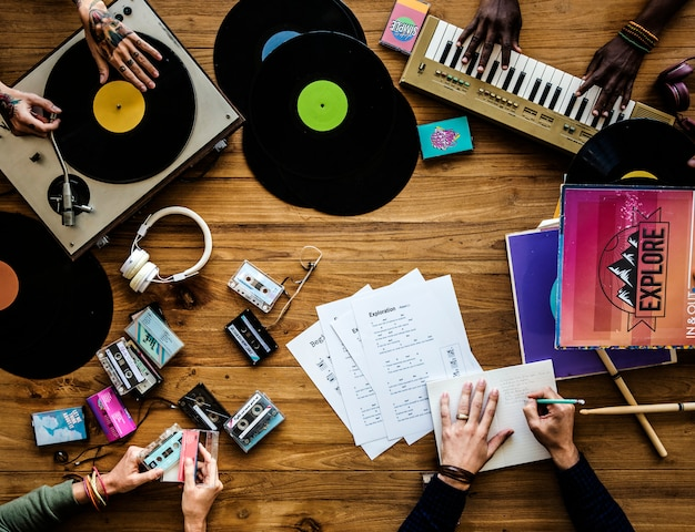 Music lovers with vinyl records