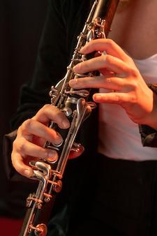 ジャズデーイベントを祝うミュージシャン