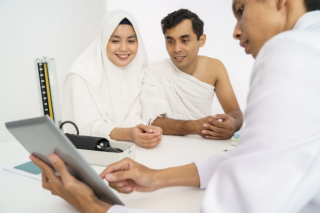 Muslim medical checkup before hajj or umrah