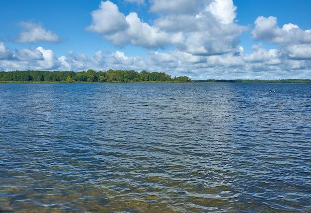 Город-курорт мядель минской области беларуси, озеро мястро.
