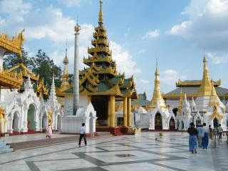 Myanma architecture