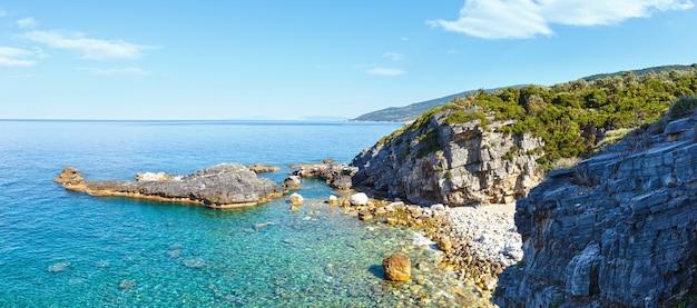 Mylopotamos 해변 여름보기, 그리스. 에게 해 파노라마.