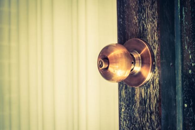 謎アンティーク古い真鍮製フロント