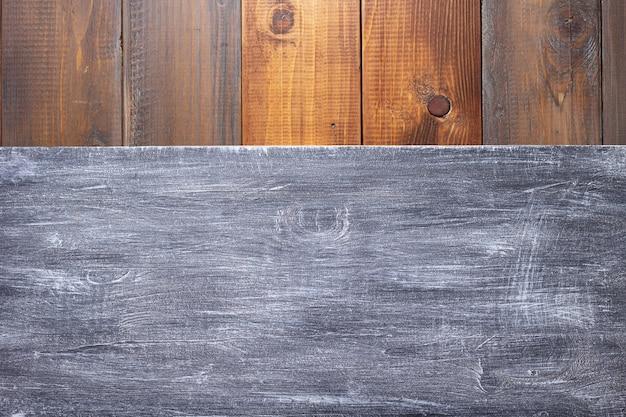 나무 배경 질감 표면의 명판 또는 벽 기호