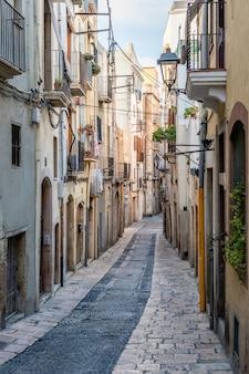 Narrow street in the old town of tarragona
