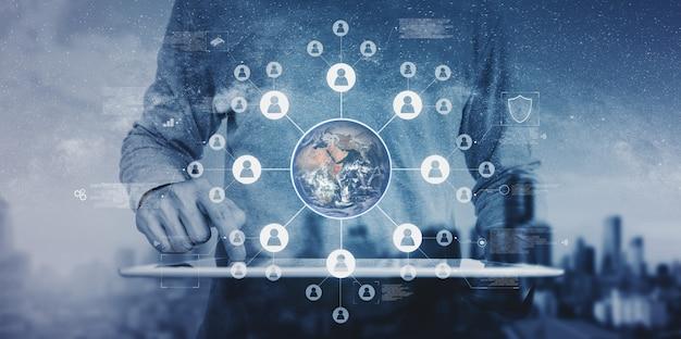 グローバルネットワーキングとグローバルビジネスネットワークテクノロジー。この画像の要素はnasaによって提供されています