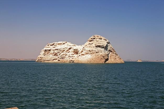 Озеро насер в египте, африка
