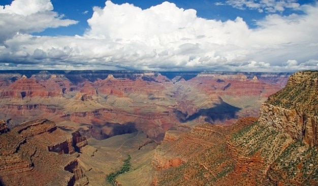 National canyon grand rocks park