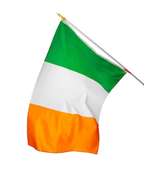 흰색 배경에 고립 된 아일랜드의 국기