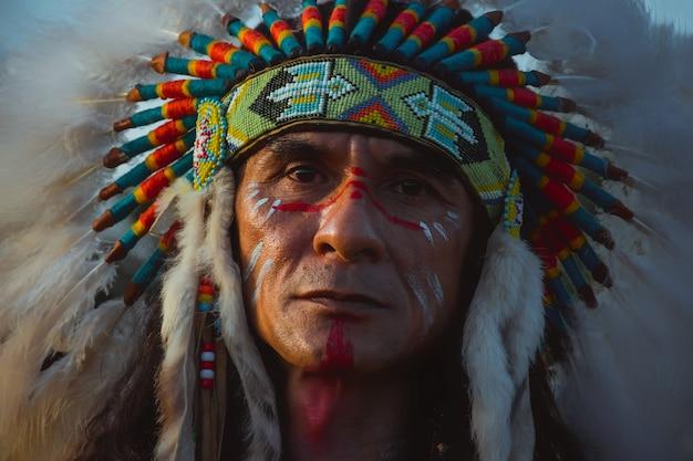 Коренные американцы, портрет американцев индийский мужчина.