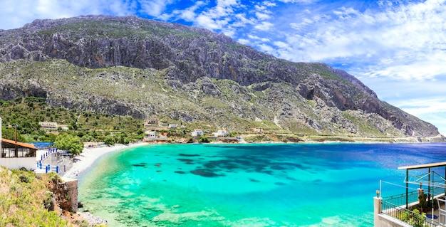 Природная красота нетронутых греческих островов - калимнос, прекрасный пляж аргинонта. додеканес, греция