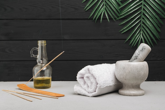 Natural elements for spa with aromatic incense