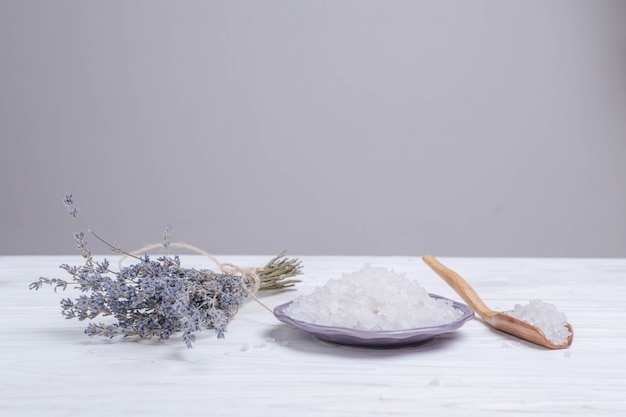 Natural elements for spa with bath salts