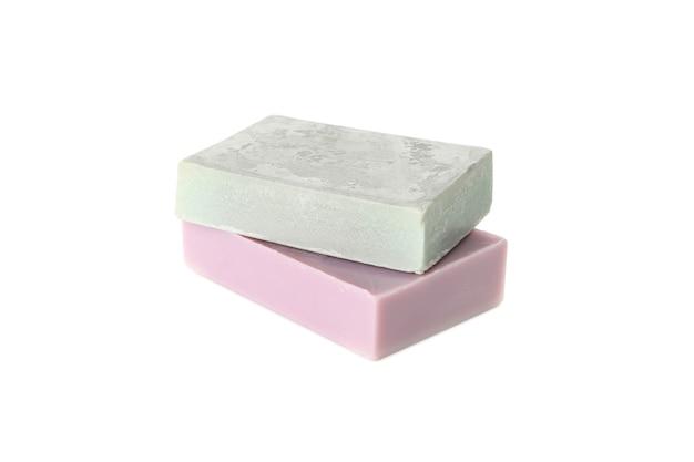 Натуральное мыло ручной работы, изолированные на белом фоне