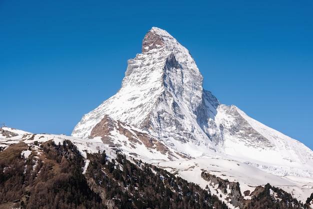 Natural landscape scenery view of matterhorn mountain peak at zermatt, switzerland.