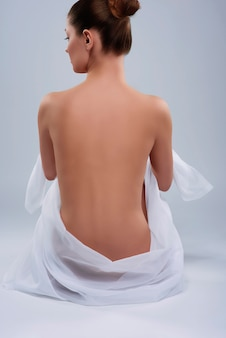 Corpo nudo naturale di donna