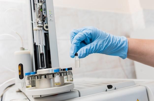 Контроль качества натурального масла. в производственной лаборатории.
