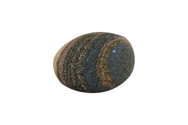 白い背景で隔離の天然海石。海の小石。高品質の写真