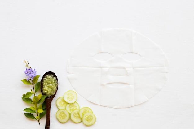 Натуральная листовая маска с экстрактом огурца для кожи лица