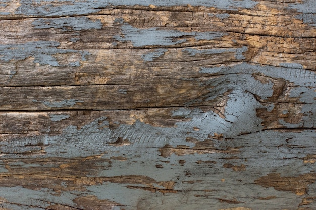 오래 된 페인트의 흔적을 가진 천연 나무 배경