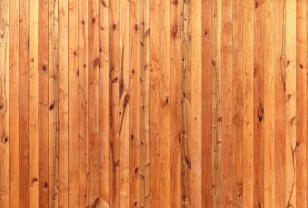 말린 된 품질 보드와 천연 나무 노란색 배경