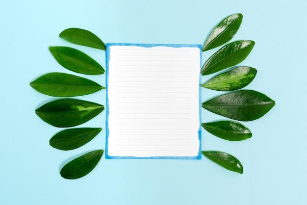 지속 가능한 재생 가능한 재료를 표시하는 자연 테마 프레젠테이션 아이디어 디자인