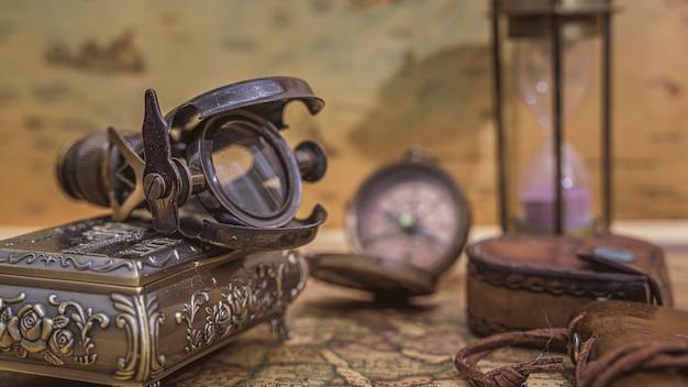 航海用拡大鏡