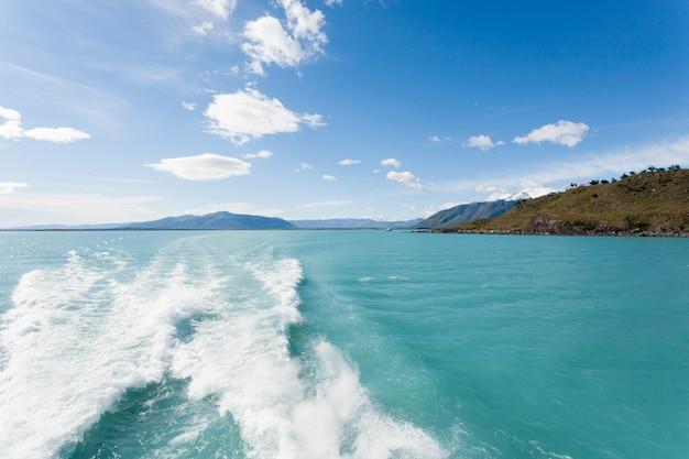アルゼンチンの湖、パタゴニアの風景、アルゼンチンのナビゲーション