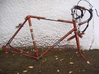 Neglected 1970s healing 10 speed cycle f, mull