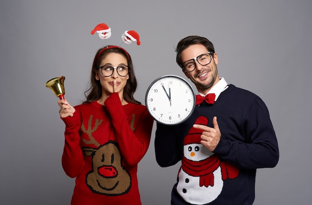 Nerd couple ready for christmas