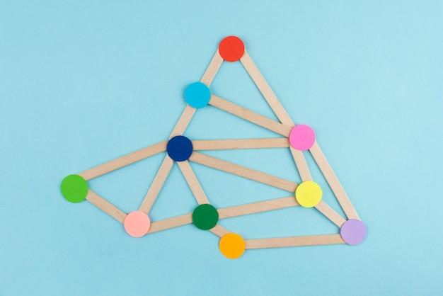 Концепция сети с красочными точками