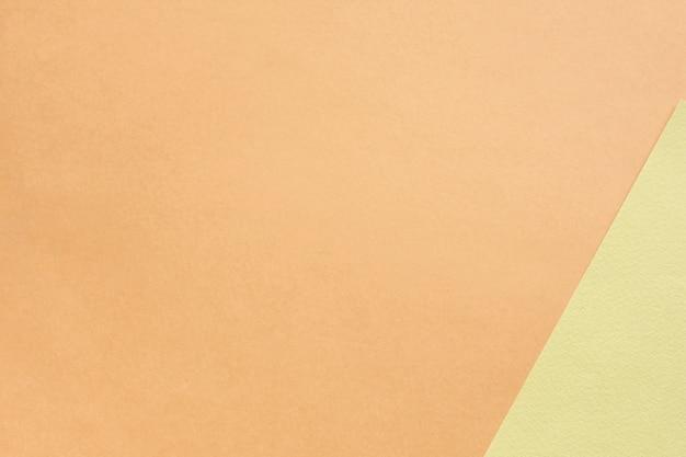 Нейтральный набор картонных листов с копией пространства