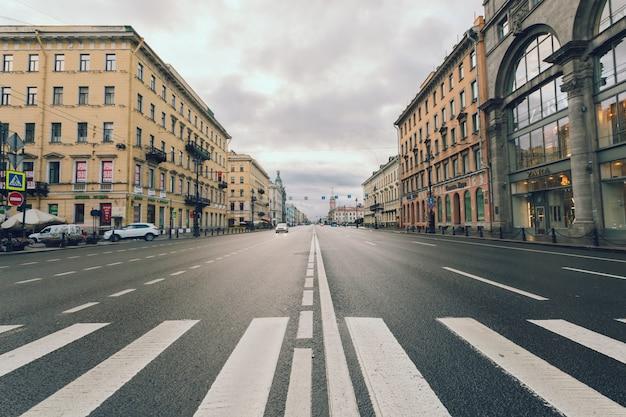 ロシア、サンクトペテルブルクのネフスキーの見通し。