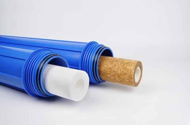 신규 및 기존 정수 필터 카트리지 가정용 정수기 시스템 개념