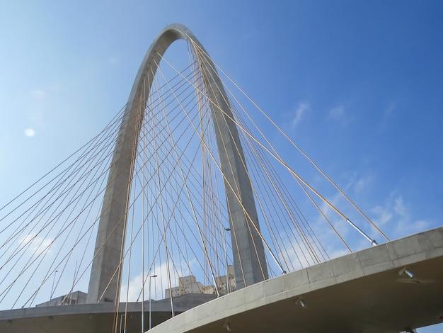 サンジョゼドカンポスの新しい斜張橋。