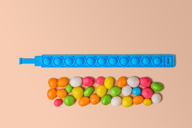 新しいファッショナブルなカラフルなシリコーンおもちゃの抗ストレスポップイットブレスレット