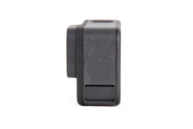 Новая экшн-камера k в черном цвете на белом фоне