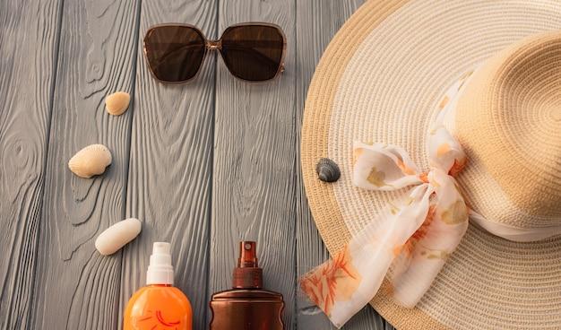 新しい通常のcovidフェイスマスク帽子バッグ日焼け止めサングラス日焼け止めスプレーローション日焼け紫外線