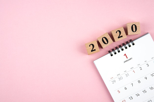 New year 2020 calendar on pink background