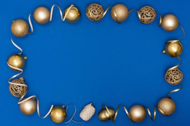 新年とクリスマスの作曲。