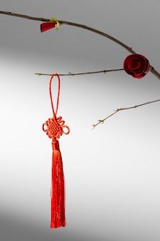 꽃과 장식으로 새해 중국 2021 지점