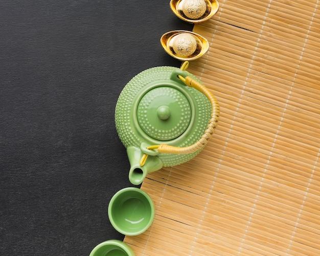 Новый год китайский 2021 милый зеленый чайник и чашки Бесплатные Фотографии