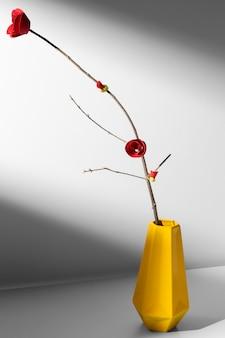 Новый год китайский 2021 золотая ваза и цветок
